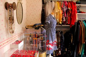 Online-Vintage-Clothing-Stores